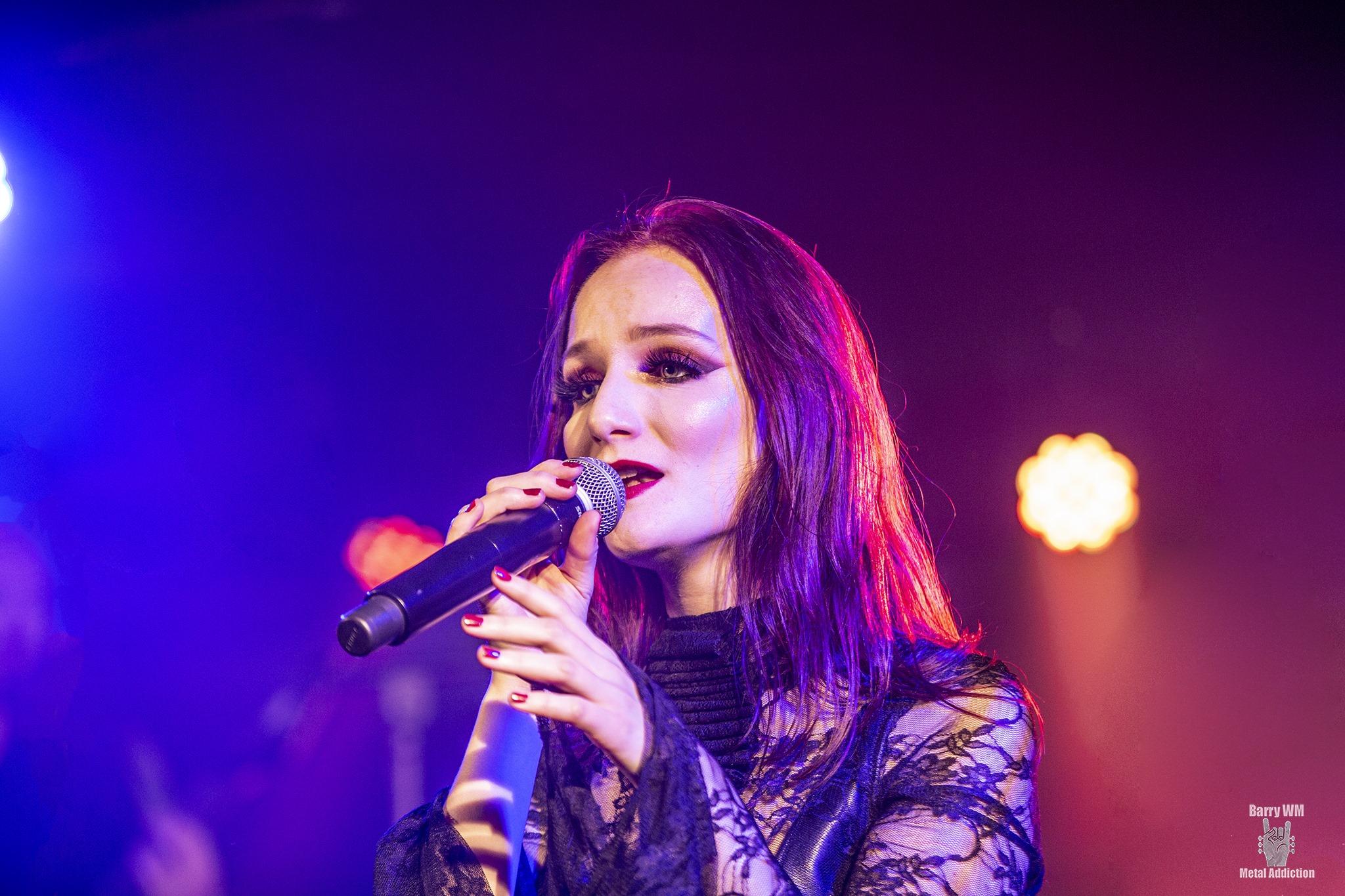 Penumbra female singer