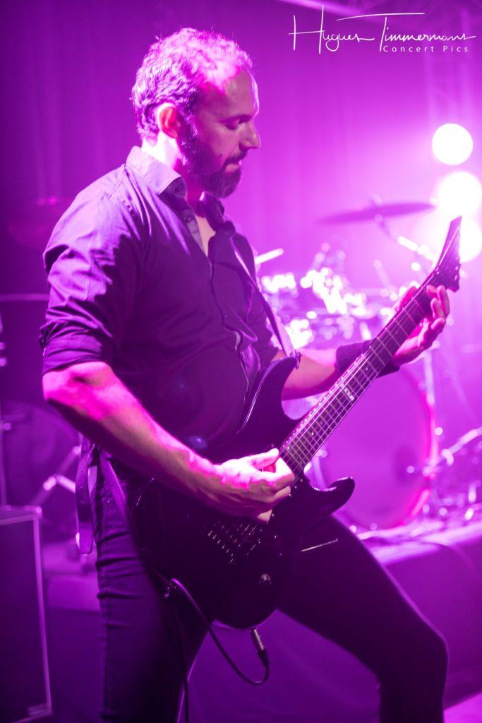 Penumbra Neo guitars on stage